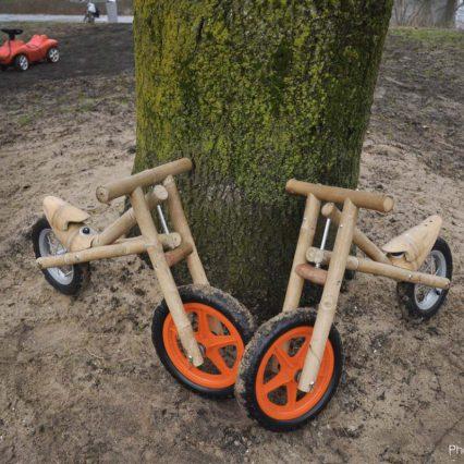 photo bamboo bikes leaned against tree